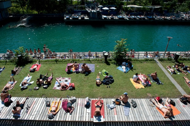 SCHWIMMBAD UNTERER LETTEN, ZURICH. One of Zurich's several lake and riverside lidos, this is the city's original river ...