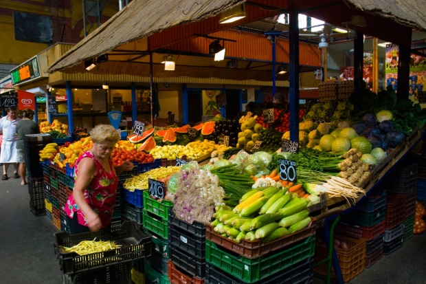 HUNYADI SQUARE MARKET: Tucked away in the quiet, residential District 6 just off Andrassy Boulevard is this gem of a ...