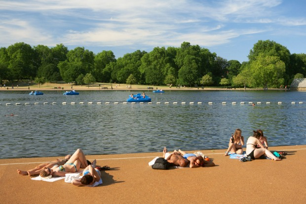 SERPENTINE LIDO, HYDE PARK, LONDON: The L-shaped Serpentine at the centre of London's Hyde Park has been a favourite ...