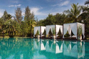Sarojin Resort swimming pool.