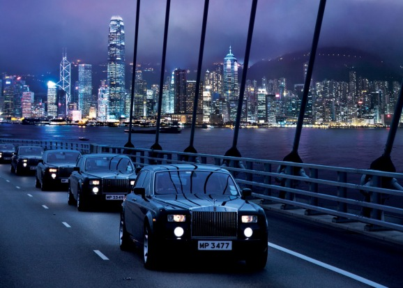 The hotel is also famous for its fleet of green Rolls Royce limosuines, which guests can book for airport transfers. ...