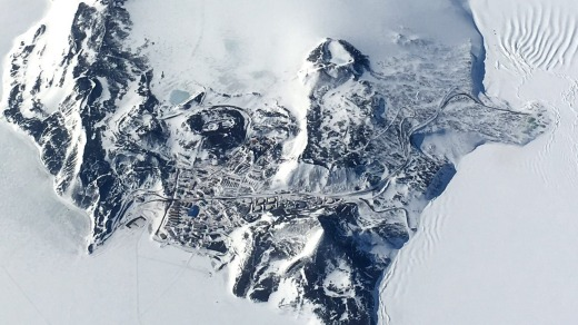 McMurdo Station, a US research base on Ross Island, is large enough to accommodate more than 1200 residents.