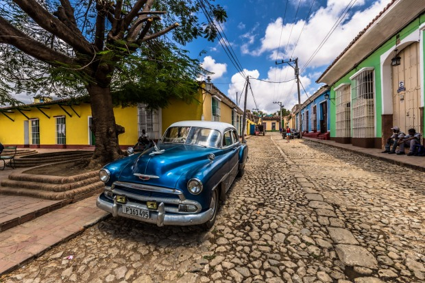 Cuba. You've seen the same photos a million times, but that doesn't stop them from inducing jealousy: the vintage cars ...