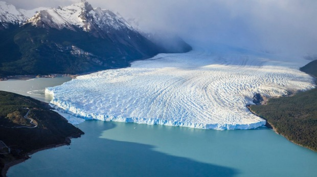 The giant glacier from a distance.