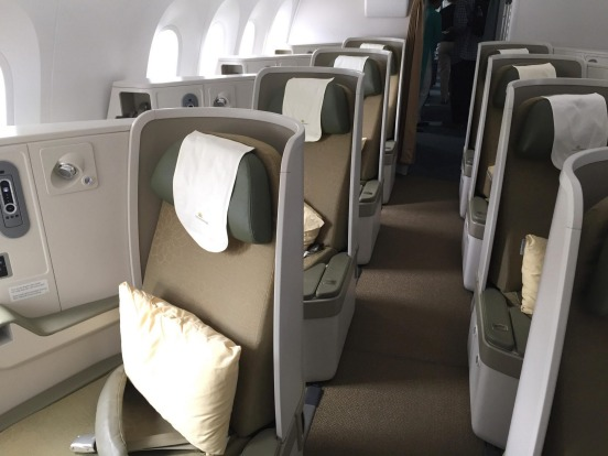 Vietnam Airlines business class on the Boeing 787-9 Dreamliner.