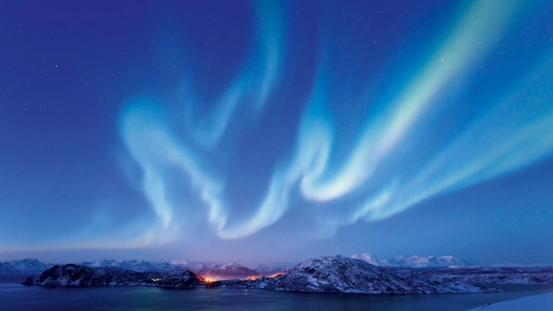 See the Northern Lights in Norway with Cruise Express.