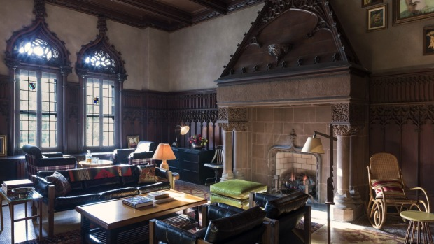 The Drawing Room at the Chicago Athletic Association Hotel.