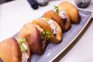 Oxtail buns