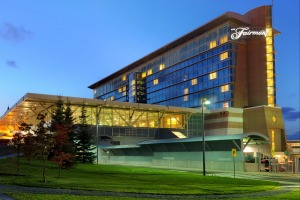 The 386-room Fairmont Vancouver Airport hotel has been named the best hotel in Canada.