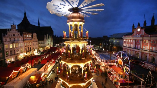 Christmas market in Rostock, one of the largest Christmas markets in north Germany.