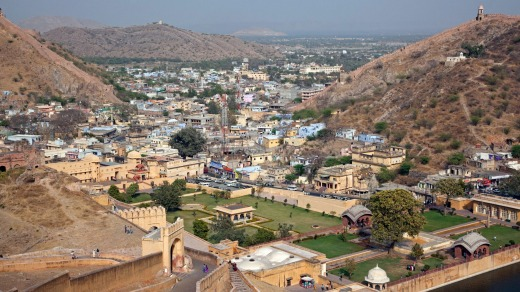 The town of Jaipur seen from Amber Fort.