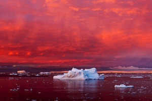 An antarctic landscape captured by Camille Seaman, who has professionally focused on the fragility of polar regions ...