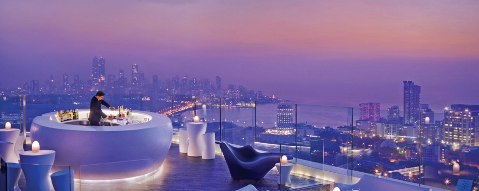 Aer bar and lounge at the Four Seasons in Mumbai.