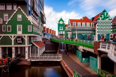 Inntel Amsterdam Zaandam: Why have one house, when you can have absolutely loads stacked on top of each other like an ...