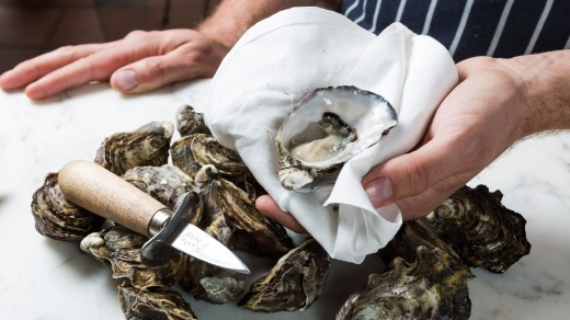 Oysters from Lease 65, St Helens.