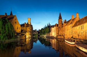 The city of Bruges with UTracks tra6-shipsnews