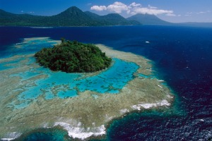 Coral reefs and islands at Kimbe Bay, West New Britain Island, Papua New Guinea.