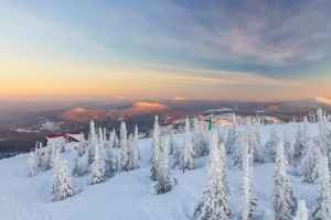 A winter sunset from the mountain top in Sheregesh, Siberia.
