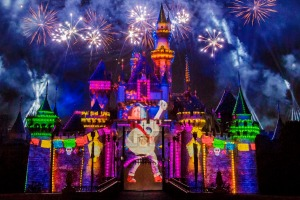 Pixar Fest 2018: Pixar stories through the decades as it lights up the sky over Disneyland Park.
