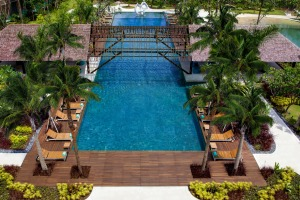 Movenpick Resort & Spa pool.