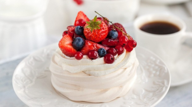 Australia claims to have invented the pavlova, but the evidence favours New Zealand.