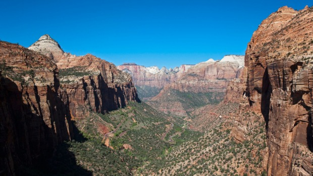 Canyon Overlook, Zion National Park in the US.