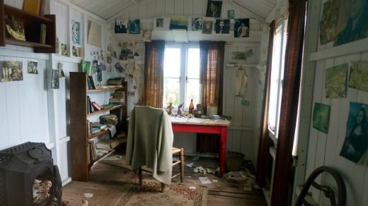 Inside Dylan Thomas' writing shed in on the Taf Estuary in the village of Laugharne.