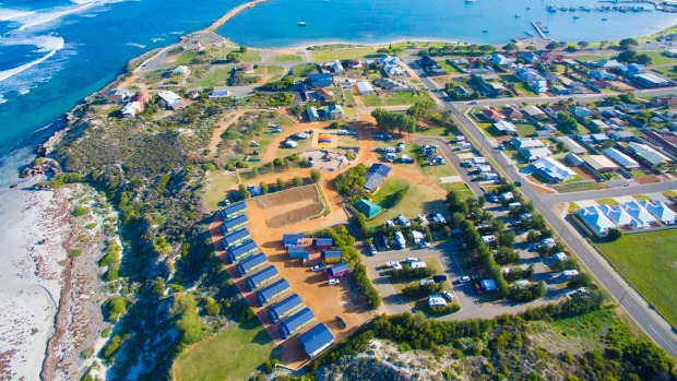 Dongarra Tourist Park WA offers pet-friendly cabins and caravan and camping.