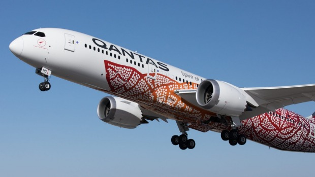 Qantas plans to fly Boeing 787 Dreamliners from Brisbane to Chicago from April next year.