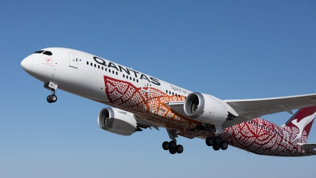 Qantas 787 Dreamliner takes off from Perth to London.