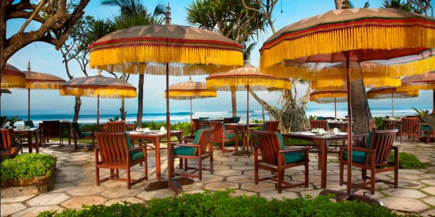 The Oberoi Bali's Frangipani Cafe.