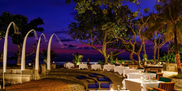 Buffet dining at Oberoi Bali.