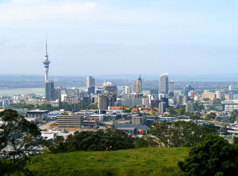 The Coast to Coast Walkway, Auckland: It's only 16km from one side of New Zealand to the other when you head across ...