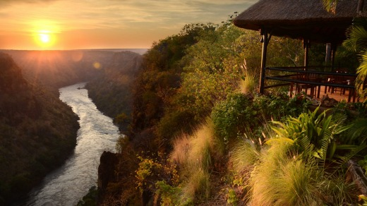 Victoria Falls, Zimbabwe side, travel guide and things to do