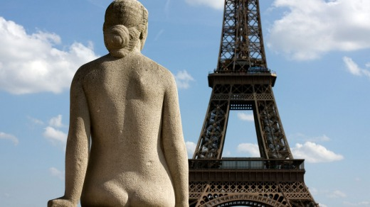 Embraced by the young and the old, there are now 2.7 million nudists in France.