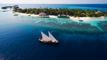 HUVAFEN FUSHI: Adults only, well-suited to couples or anyone in need of some sweet solitude.