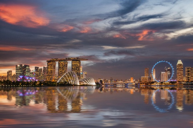 SINGAPORE FLYER, SINGAPORE: Float above Marina Bay for dazzling views over skyscrapers, colonial buildings and ...
