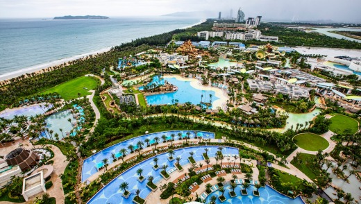 The scale of Atlantis Hotel Sanya – and its internal Lost Chambers Aquarium – defies belief.