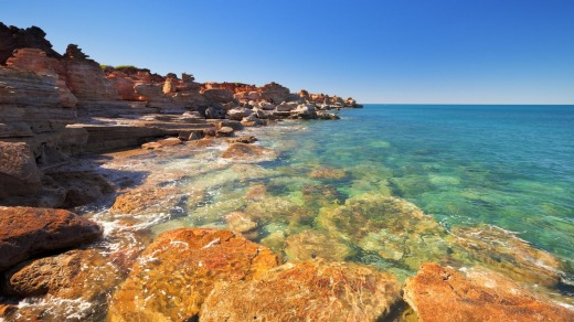 Red cliffs at Gantheaume Point, Broome.