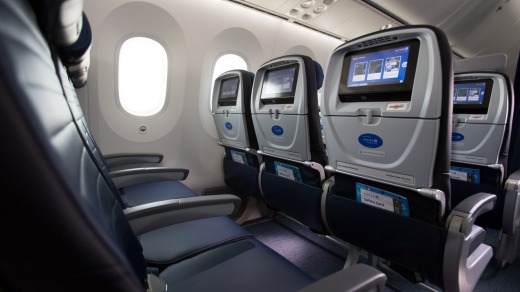 Airline Review United Economy Plus B787 9 Dreamliner Melbourne To Lax