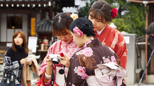 Japanese girls look the part at Kiyomizu temple.
