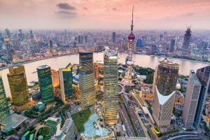 See the highlights of Shanghai on a stopover with China Eastern Airlines.