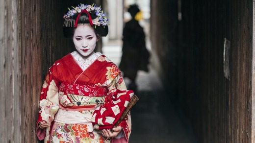Look beyond the obvious to discover the hidden highlights of Japan.