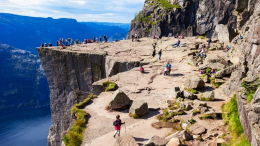 Once on the high plateau, which was named in olden times by fiord travellers as Hyvlatanna (planed tooth), a stunning ...