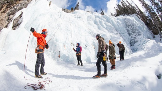 Rockaboo Mountain Adventures offers fully guided ice climbing excursions in Jasper National Park.