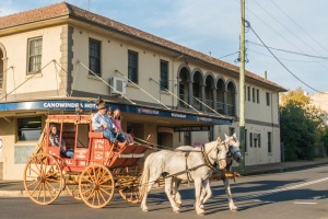 A stage coach ride through Canowindra streets.