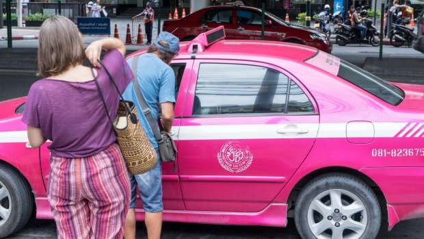 In Bangkok, some taxi drivers bargain with tourists for higher price than what's on the meter.