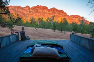 Sleep under the stars in the Flinders Ranges.