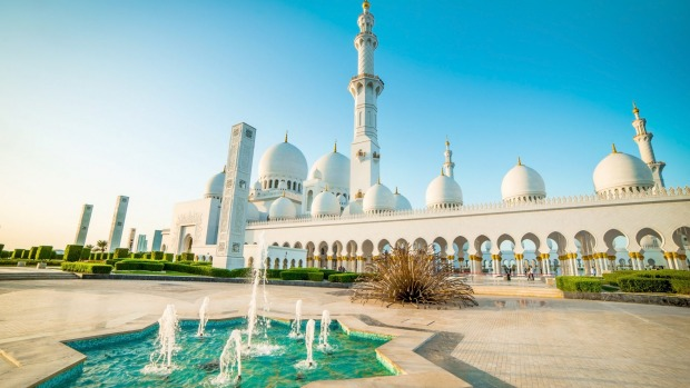 From waterparks and theme parks to lush mangroves full of nature, Abu Dhabi, with its year-round sunshine, makes a ...