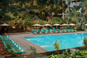 The pool at Anantara Siam, Bangkok.